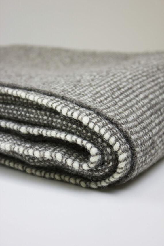 Plaid artisanal pure laine tissé main
