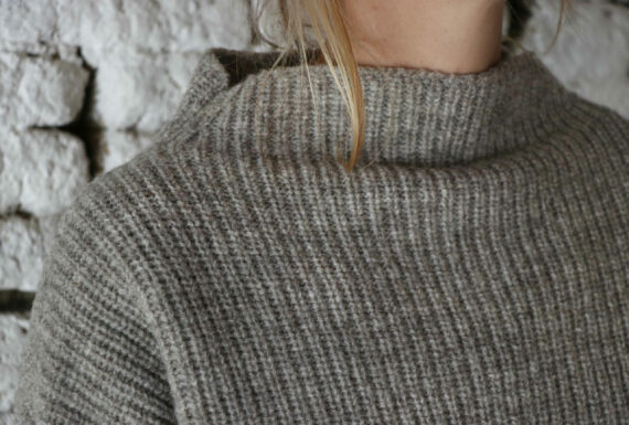 Pull femme col montant pure laine