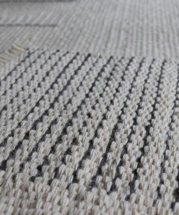 Détail tapis d'exception pure laine française