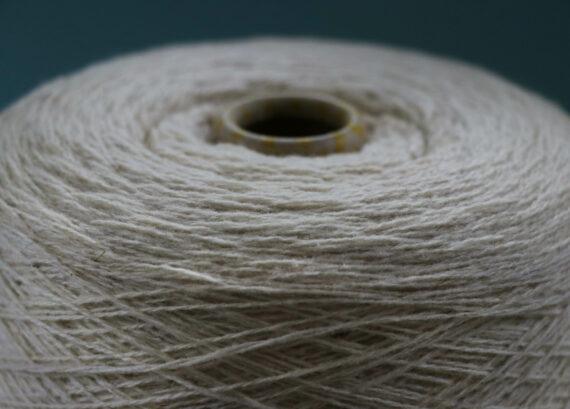 Fil à tricoter pure laine mérinos française