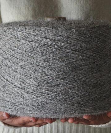 Fil à tapis gris pure laine française