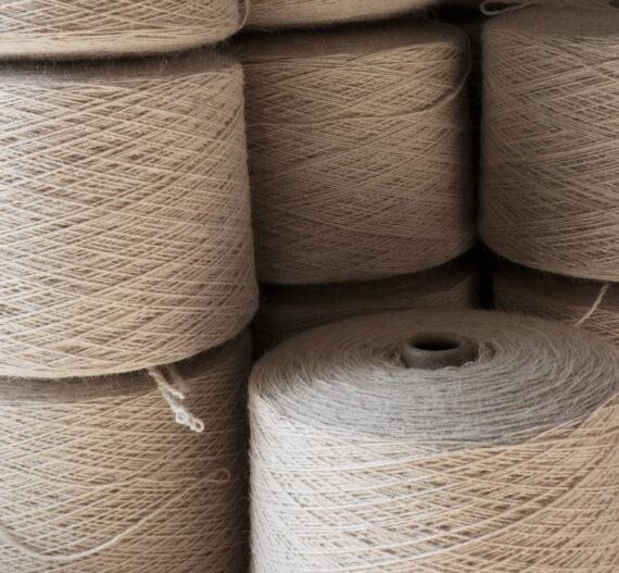 Fil à tapis pure laine française