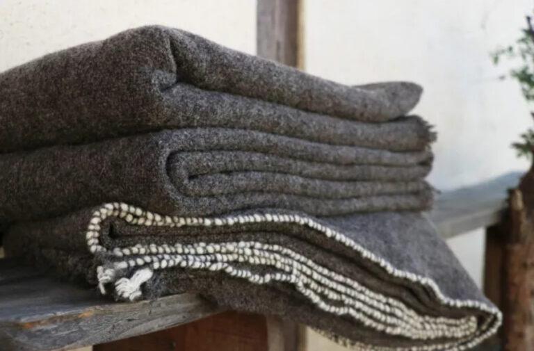 Plaid tricoté main pure laine française