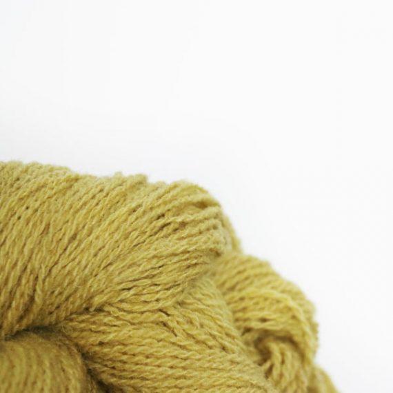 fil à tricoter vert tendre zoom