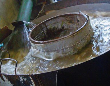 Laines Paysannes Lavage discontinu à la filature de Niaux